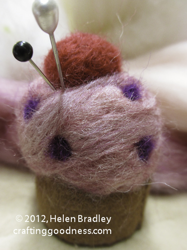 pincushion 15 Yummy Felted Cup Cake Pin Cushion