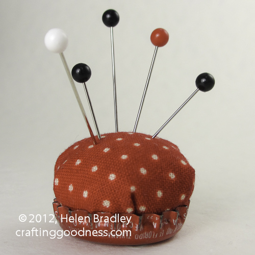 pincushion 16 Cute bottle cap pin cushion