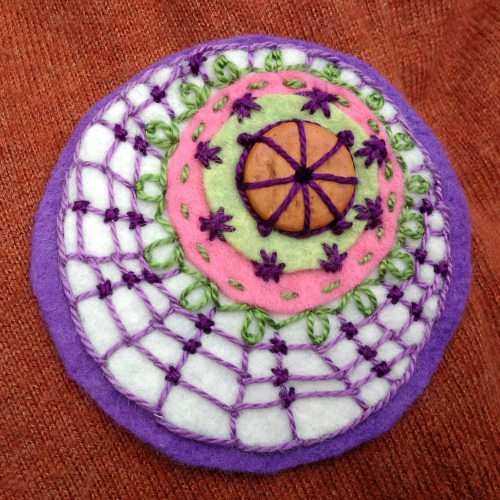 felt circles embroidery stitches 6 Felt circles #3   Halloween inspiration