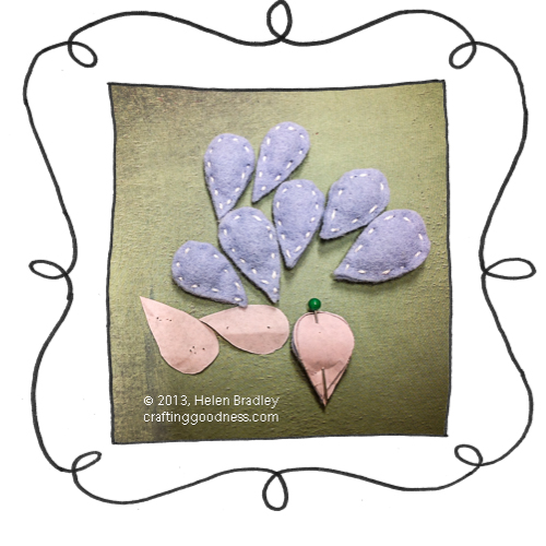 rain cloud felt hanging raindrops4 Make a rainy day wall hanging in felt